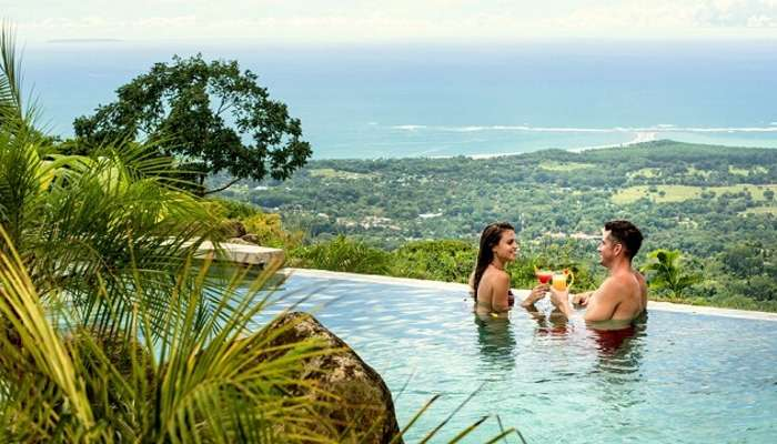 why Is Costa Rica A Popular Vacation Destination For Groups and Couples
